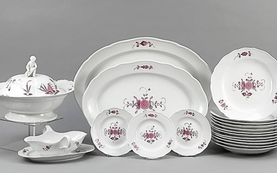 Large dining service for