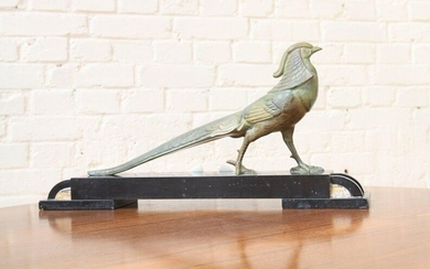 Sculpture subject to the magpie