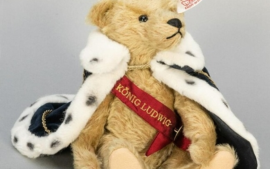 Steiff King Lugwig Hand Sample Bear. White tag with