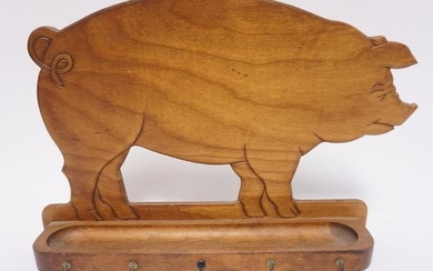 WOODEN PIG HANGING KEY RACK