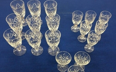 A selection of quality crystal glasses by royal Doulton. Nin...