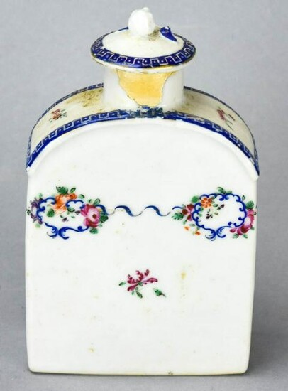 Chinese Export Hand Painted Porcelain Tea Caddy
