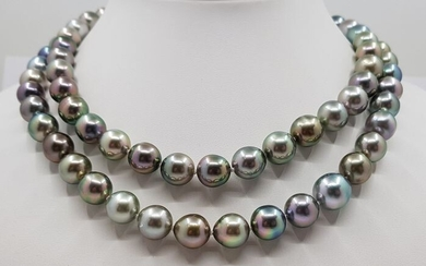 Tahitian pearls necklace in 925 silver