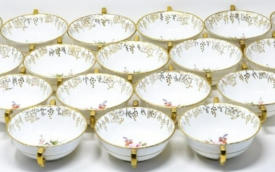 18 Royal Crown Derby Gold Vine Soup Bowls