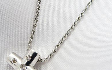 18K WHITE GOLD DIAMOND NECKLACE.