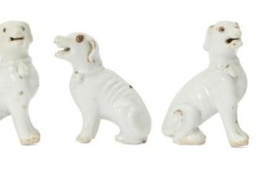 Two pairs of Chinese porcelain hounds and...