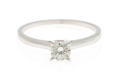 A diamond solitaire ring set with a brilliant-cut diamond weighing approx. 0.40 ct, mounted in 18k white gold. Size 56.