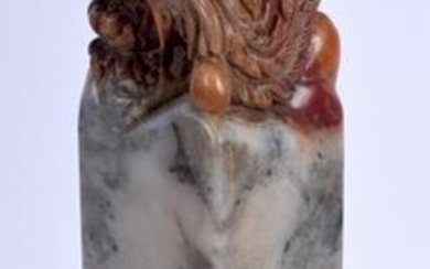 AN EARLY 20TH CENTURY CHINESE CARVED SOAPSTONE SEAL. 19