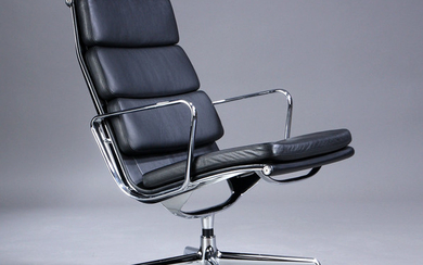 Charles Eames. Soft Pad Lounge chairs, Model EA-216, black leather