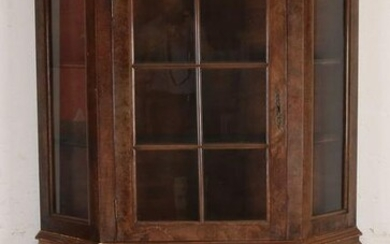 Dutch burr walnut Baroque-style display case top
