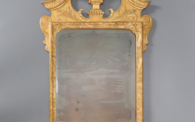 English George II-style mirror with frame in moulded and gilt wood, 19th Century.