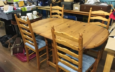 Pine farmhouse style table and 4 chirs