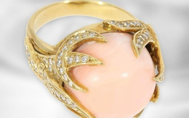 Ring: imaginatively crafted yellow gold ring with angel skin coral and diamonds, total approx. 1.6ct, 14K gold