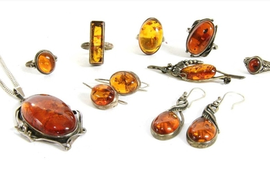 A quantity of silver amber set jewellery