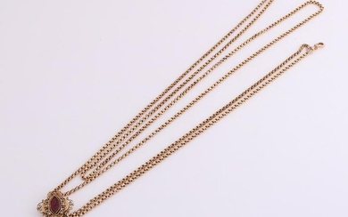 Antique watch chain in yellow gold, 750/000, with a