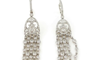 Pair diamond earrings