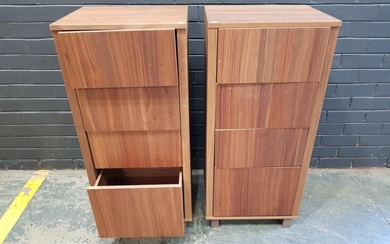 Pair of Modern Chest (h:107 x w:49 x d:40cm)