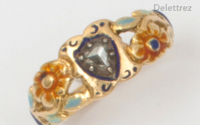 Polychrome enamelled gold and silver ring decorated with flowers, set with a rose cut diamond. Finger size: 55. Rough weight: 3.6g.