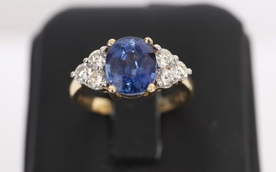 Ring Blue Sapphire