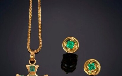 SET OF CHAIN WITH CROSS AND EMERALD EARRINGS, ON A 18K YELLOW GOLD FRAME. Price: 200,00 Euros. (33.277 Ptas.)