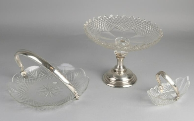 Three pieces of crystal with silver, 833/000, a boat