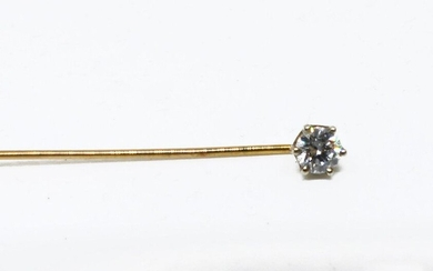 Tie pin in yellow gold set with a diamond calibrating approx. 0.2 cts.