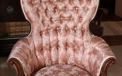 Walnut Victorian parlor chair with floral silk
