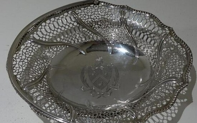 18th Century George III Antique Sterling Silver Cake