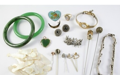 A QUANTITY OF JEWELLERY including two jade bangles, a gold c...