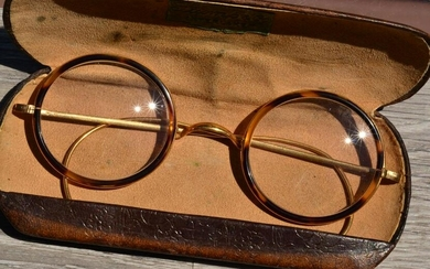 Antique 18 Karat French Made Reading Glasses with 2x
