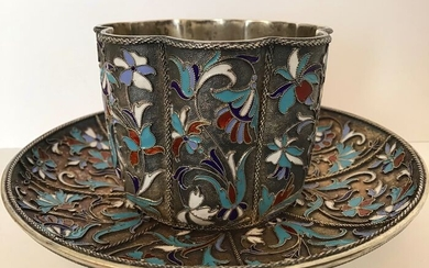 Cup and saucer - .875 (84 Zolotniki) silver, cloisonne enamel - Vasily Agafonov - Russia - Early 20th century