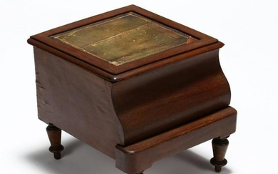English Mahogany Bed Step / Necessary Cabinet