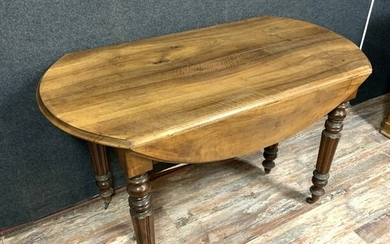 Extending table, (open 350cm) - Louis Philippe - Walnut - First half 19th century