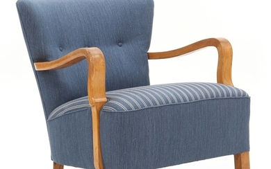 Louis G. Thiersen: Easy chair with elm frame. Upholstered with blue and striped wool. Button fitted back. Made by Louis G. Thiersen.