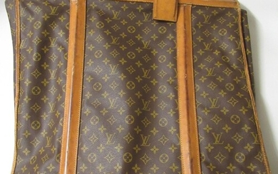 Louis Vuitton, folding suit carrier with leather straps and ...