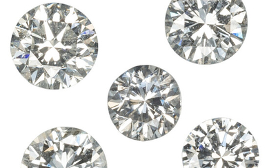Unmounted Diamonds The lot includes five unmounted round brilliant-cut...