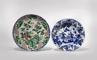 A CHINESE FAMILLE VERTE DISH AND A BLUE...