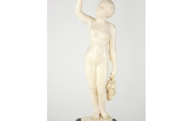 A FINE LATE 19TH CENTURY CENTRAL EUROPEAN IVORY CARVING Fem...