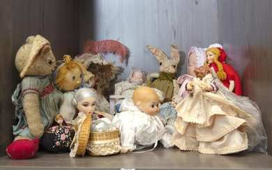 A LARGE GROUP OF COLLECTABLE DOLLS, INCLUDING BISQUE-HEAD, CLOTH AND PLASTIC, (SOME A/F)