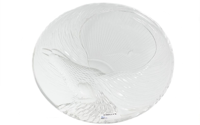 A LATE 20TH CENTURY CZECH CLEAR GLASS CHARGER, of an eagle ...
