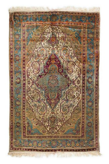 Antique Farahan Silk Rug 220 x 135 cm