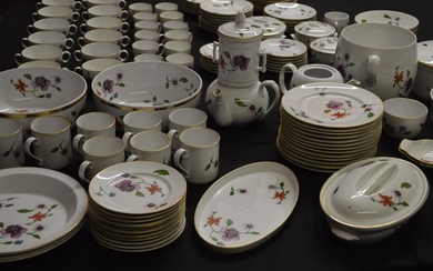 Approx 190 pieces of Royal Worcester Astley pattern tea, cof...