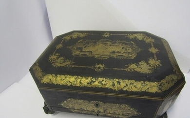 CHINESE LACQUERED WORKBOX, early 19th Century octagonal gilt...