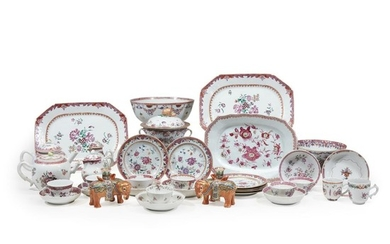 Large group of Chinese Export 'Famille Rose' tablewares 18th/19th...