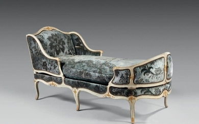 Moulded and carved beech deckchair, relaqued and gilded,...
