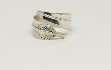 Native American feather Sterling Silver Ring.