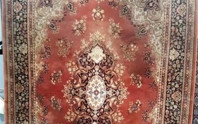 Red and Cream Tone Turkish Kilim with Floral Detail (232 x126cm)