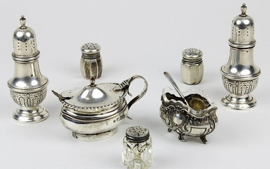 Set of salt and pepper shakers, Saliere and mustard pots, 1st half of the 20th century, consisting of: Salt and pepper shakers in baluster form, sterling silver; mustard pot made of sterling silver, England, London, 1927, with spoon; Saliere in baroque...