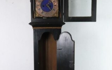 Wooden floor clock in black and gold lacquered wood.