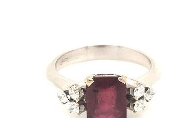 18 kt. White gold - Ring - 2.20 ct Ruby - Diamonds